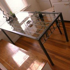 Railing Table